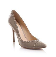 Escarpins Guess, craquez sur les Peyman Shoe Guess prix promo GUESS 165.00 € TTC