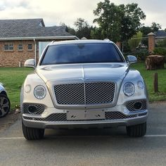 Brute Bentayga looks good in this spec  Spot by @brycetat  #ExoticSpotSA #Zero2Turbo #SouthAfrica #Bentley #Bentayga