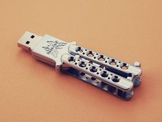 Butterfly Knife USB Drive by Benchmade