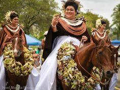 Pa'u Riders  in Hawaii    Merry Monarch Festival Parade