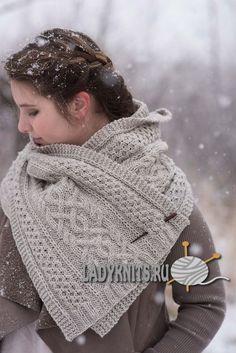Вязаный спицами красивый шарф с косами, описание и схема