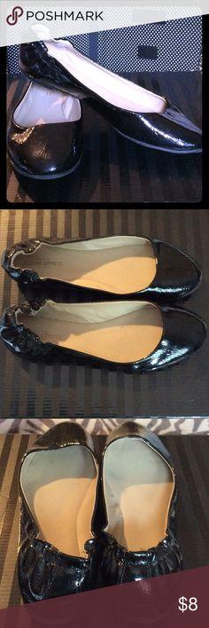 Black Flats 9.5 Like new Mossimo Supply Co Shoes