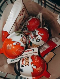 Chocolate Tumblr, Sleepover Food, Tumblr Food, Junk Food Snacks, Snap Food, Think Food, Food Snapchat, Food Goals, Cafe Food