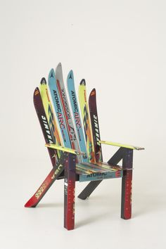 Adirondack Ski Chair made of old skiing boards #upcycling