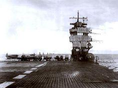 空母「赤城」の艦橋部と飛行甲板 大日本帝國海軍 1258 x 944 Bridge and Deck of the Carrier Akagi