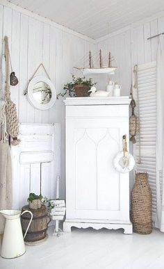 Cottage Décor ● Shabby Chic White by Amy Claire