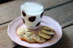 Már megint egy keksz recept. 1. nem tudom megunni őket. 2. nem fogok kifogyni az ötletekből. 3. nincs annál jobb, mint a reggeli/ebéd utáni kávéhoz egy kis kekszet ropogtatni.    Ez egy sima 3:2:1-es linzer recept (ez a liszt:vaj:cukor arányát jelenti), egy kicsit felturbózva. Egyszerű, gyors,…