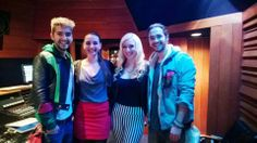 Bill and Tom with Marie and Lauren/ Bill e Tom com Marie e Lauren..