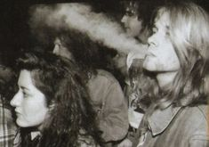 Kurt Cobain Photos, Nirvana Kurt Cobain, Donald Cobain, American Photo, Famous People, Che Guevara, Photo Galleries, Film, Amor