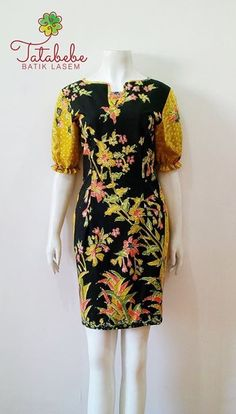 Simple Dresses, Pretty Dresses, Casual Dresses, Blouse Batik, Batik Dress, Myanmar Traditional Dress, Traditional Dresses, Mode Batik, Myanmar Dress Design