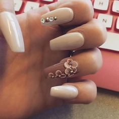 White and beige nails