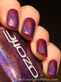 holographic nail polish is the best ♥