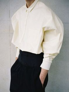 Juun J. S/S 2014 photographed by Mathieu Vilasco. Can't ever have enough perfect white shirts. Fashion Details, Look Fashion, Womens Fashion, Fashion Design, Fashion Black, Trendy Fashion, Fashion Outfits, Fashion Tips, Minimalist Outfit
