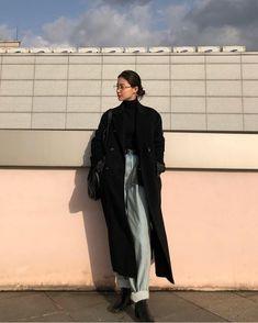 Korean Street Fashion, Korea Fashion, 70s Fashion, Asian Fashion, Winter Fashion, Fashion Outfits, Fashion Today, Petite Fashion, Vintage Fashion