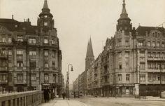 1931 Die Glogauerstrasse Ecke Paul-Lincke-Ufer,im Hintergrund erkennbar die 2…