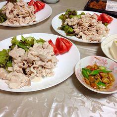 今日の晩御飯。 - 24件のもぐもぐ - 冷しゃぶサラダとネバネバ浅漬け by kazukiKu