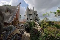 Unusual House in Vietnam - 28 Pics | Curious, Funny Photos / Pictures