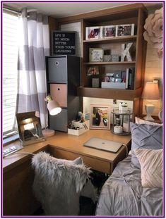 College bedroom decor, dorm room и college dorm rooms. College Bedroom Decor, College Room, Dorm Desk Decor, Texas Bedroom, Girl College Dorms, Dorms Decor, Dorm Furniture, College Apartments, Dorm Decorations