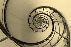 Spiral Triomphe. by Miguel Silva, via 500px
