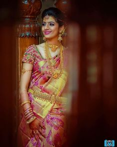 The gorgeous bride ❤ Photo Anarkali, Lehenga, Sabyasachi Sarees, South Indian Bride, Kerala Bride, Look Short, Sumo, Hindu Bride, Indian Bridal Outfits
