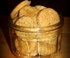 Drożdżówki z truskawkami i lukrem jest to przepis stworzony przez użytkownika AgaSawa. Ten przepis na Thermomix<sup>®</sup> znajdziesz w kategorii Słodkie wypieki na www.przepisownia.pl, społeczności Thermomix<sup>®</sup>. Mashed Potatoes, Ethnic Recipes, Food, Whipped Potatoes, Smash Potatoes, Essen, Meals, Yemek, Eten