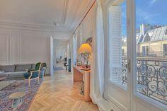 FOR SALE - Four-bedroom apartment for sale in Paris 6th, Saint-Germain-des-Prés #luxury
