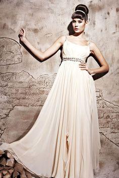 Rochie de seara ivory   http://ilsegno.ro