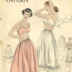 Interesting bra design from the 1940s