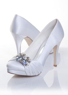 Satin shoes are elegant and romantic and will subtly complement your vintage theme without taking attention away from your dress. Bridal Shoes, Wedding Shoes, Bridal Gowns, Evening Dresses For Weddings, Wedding Dresses, Best Gowns, Satin Shoes, Vintage Theme, Boutique Dresses