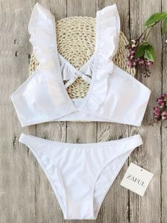 Shop the best swimwear deals and sale at Zaful. You can get sexy and cute swimwear, bikinis, swimsuits, bathing suits and more at discount price. Bathing Suits For Teens, Swimsuits For Teens, Cute Bathing Suits, Cute Swimsuits, Teen Beach Outfit, Summer Fashion Outfits, Fall Fashion, Fall Outfits, Fashion Boots