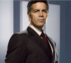 """Manuel, human descendant of Wrath I, nickname """"Manny"""", possible half-brother of Butch/Dhestroyer, Private Surgeon to the Black Dagger Brotherhood, hellren to Payne (Esai Morales)"""