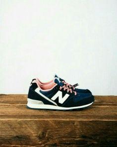 New Balance Sneaker Trend, Baskets, Nike Free Shoes, Nike Shoes, Looks Com a83610ef30e2