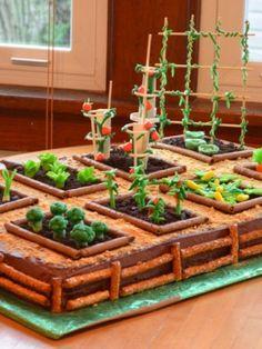 A cute cake idea for a farmer's market or garden theme party for kids. Crazy Cakes, Fancy Cakes, Allotment Cake, Vegetable Garden Cake, Cumpleaños Lady Bug, Farm Cake, Garden Cakes, Christmas Gingerbread House, Garden Birthday