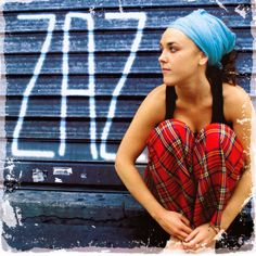 Find Zaz bio, music, credits, awards, & streaming links on AllMusic - French pop singer with a Gypsy jazz style that… Music Games, Music Songs, My Music, Indie Music, Music Icon, Ukulele Soprano, Gypsy Jazz, World Music, Slide Show