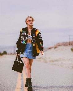 - Caro Daur | A High Fashion & Beauty Blog High Fashion, Fashion Beauty, My Highlights, Coachella Festival, Dior Shoes, Destiny's Child, Rita Ora, Complete Outfits, Jean Skirt