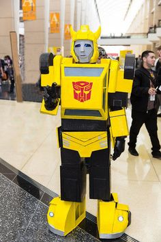 "How to make a Transformers: ""Bumblebee"" Costume #Autobots #cosplay #halloween"