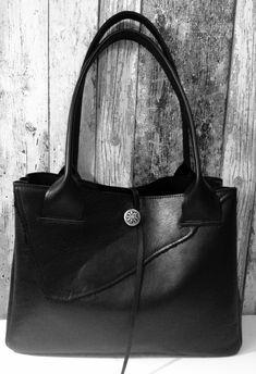 Black Leather Bag Raw Edge  Zwarte Leren Tas door Charezza Leather