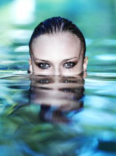 The eyes, and the reflection in the water is perfection
