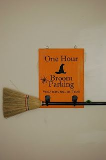 Diary of a Crafty Lady: Broom Parking Halloween Sign