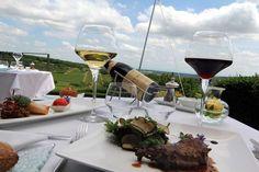 Restaurant - table en terrasse - La Montagne de Brancion entre Tournus et Cluny