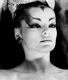Nina Hagen--She looks just like an alien!!