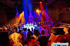 Hier heb je de Havana Club. Het is een discotheek waar er verschillende stijlen muziek draaien.