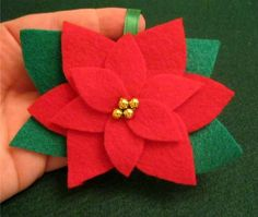 Poinsettia felt ornament- template and tutorial Christmas Poinsettia, Felt Christmas Ornaments, All Things Christmas, Christmas Holidays, Merry Christmas, Felt Decorations, Christmas Decorations, Felt Crafts, Holiday Crafts