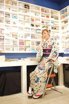 Mamechiyo: modern landscape artist | An interview with one of my favorite kimono designers, Mamechiyo