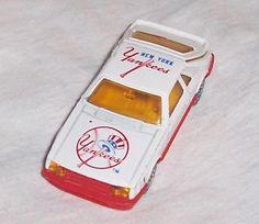 Diecast Corgi Car Go Yankees, New York Yankees, Corgi Husky, Derek Jeter, Car Ford, Ford Mustang, Unique Vintage, Diecast, Mlb