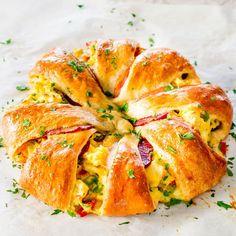 La recette du jour : la couronne feuilletée au fromage, au bacon et au brocoli !