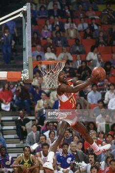 Portable Basketball Hoop, Basketball Pictures, Basketball Legends, Sports Basketball, Basketball Players, Mike Jordan, Michael Jordan, Custom Basketball Uniforms, Dominique Wilkins
