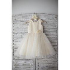 A-line+Knee-length+Flower+Girl+Dress+-+Satin+/+Tulle+Sleeveless+Scoop+with+–+GBP+£+49.19