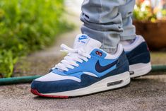 online store 3e501 4d5e4 Nike Air Max 1 Essential Midnight Navy   University Blue On Feet Sneaker  Review
