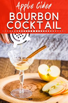 This bourbon apple cider cocktail is perfect for fall parties. It has fresh cinnamon and maple syrup flavors that work so well as a Thanksgiving drink. Bourbon Apple Cider, Apple Cider Cocktail, Sangria Cocktail, Spring Cocktails, Bourbon Drinks, Bourbon Cocktails, Classic Cocktails, Bar Drinks, Cocktail Recipes